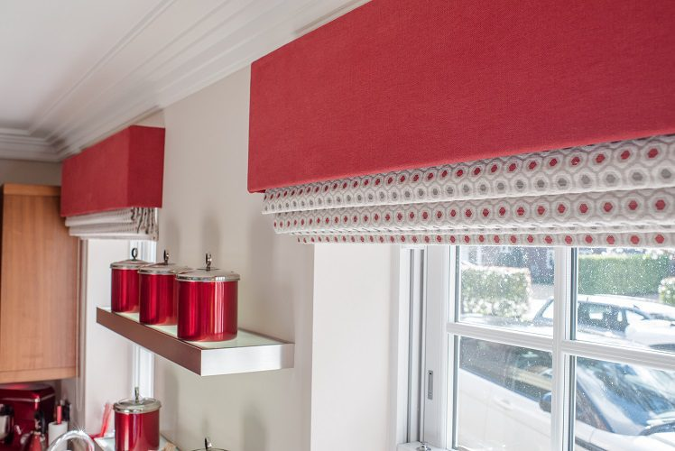 Contrasting pelmets with roman blinds