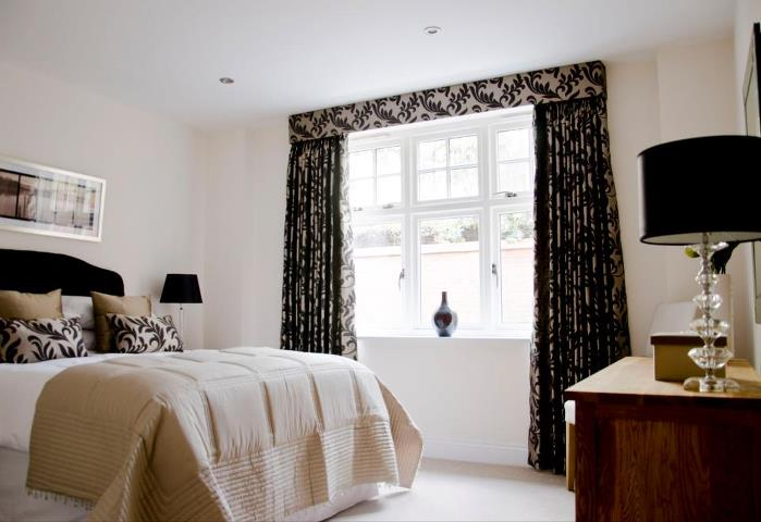 Full length bedroom curtains under pelmet